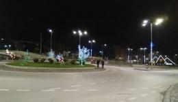 """Лед осветлување и новогодишно украсување на Црн Мост и Булеварот """"Први Мај"""""""