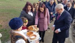 Со бугарска помош реконструирани две училишта во општина Могила