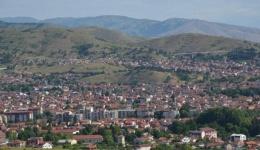 Во Битола еден починат на 70 години, еден новозаболен и осум оздравени од ковид-19