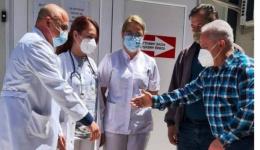 Прехранбени производи за вработените во КОВИД центрите од Синдикатот на  ЕСМ